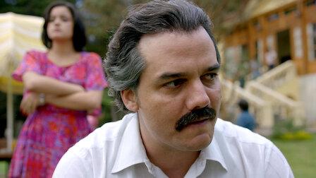 Watch Los Pepes. Episode 6 of Season 2.