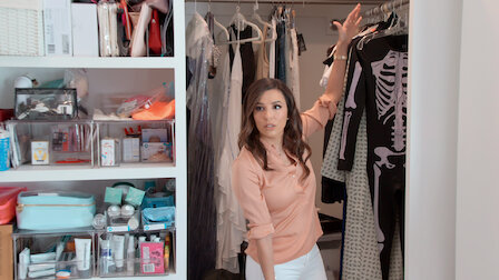 Watch Eva Longoria and a Kitchen for Five. Episode 4 of Season 1.